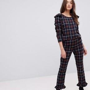 Sæt med bukser/ bluse str S