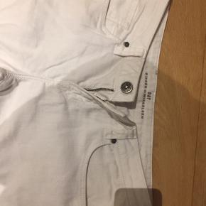 Str 29/34 - lækre jeans