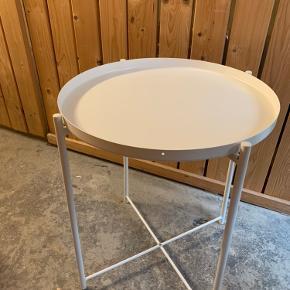 Hvidt Gladom bakkebord fra Ikea (sendes ikke)