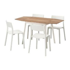 Fint klapbord med plads til op til 2-6 personer. Bordpladen er udført i stærk bambus, og bordpladen er i hvidlakeret aluminium.  Pladen har to små ridser, som næsten ikke ses - generelt i rigtig fin stand.  Nypris: 1300 kr. Prisidé: 500 kr.