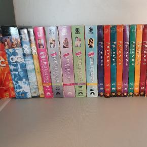 Væghængt DVD afspiller med film og serier som følger med. Brugt meget lidt.