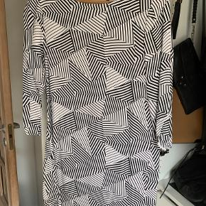2nd Day kjole