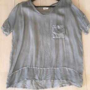 Smuk gennemsigtig silke t-shirt  fra shirt