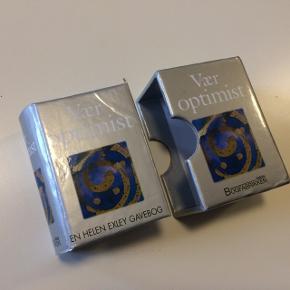 Vær Optimist Dansk citatsamling  Se anden annonce for fuld beskrivelse af alle bøger til salg 📓📕📗📙📘📒📔  Alle varer under 500 kr.: køb 3, få den billigste gratis!