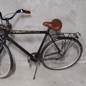 Centurion cykel, næsten som ny. Lækker saddel, 7 gear og med frontlad.  BYD