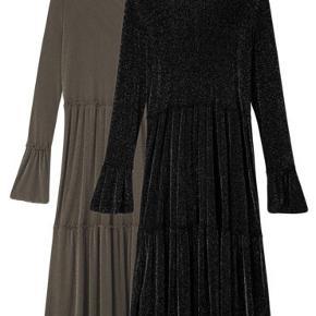 Den populære kjole fra Moves i sort m. glimmer.