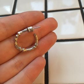 Fine sølv øreringe Måler cirka 2 cm