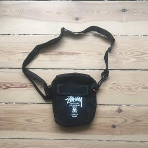 9.9/10  STUSSY SHOULDER BAG  BOUGHT IN JAPAN  FITS WITH SUPREME, PALACE, BAPE