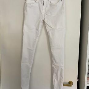 Como jeans LW str. 27/32 Brugt meget få gange, ingen fejl eller pletter!