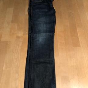 Slim fit  Waist 33 lenght 32