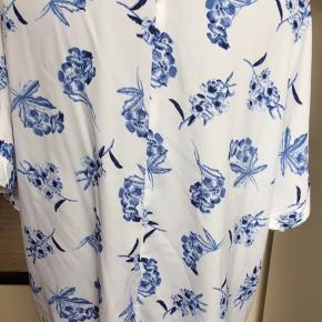 Polyester Brystmålet 2 x 70 cm Længde 70 cm