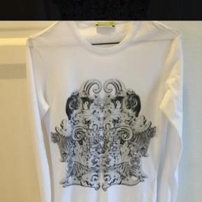 Versace bluse Ingen mærker eller flaws Er åben for trades og bud