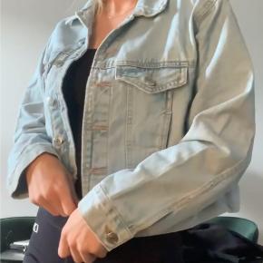 Gina Tricot denimjakke