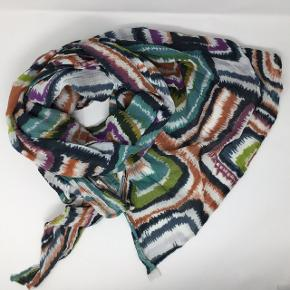 100% bomuld, stort aflangt tørklæde 168x108 cm