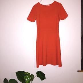 United Colors of Benetton kjole