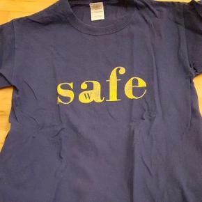 Westlife t shirt med safe.. stor i  størrelsen