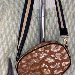 Super fin taske , aldrig brugt