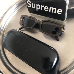 Sælger mine Gucci solbriller. Nypris 2999,-