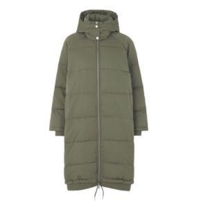 Sælger denne jakke ny med prismærke på.  Sælges da den ikke lige var mig str. s/m stor i str. mere en str M end S :-)))