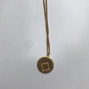 Super fin halskæde købt i Samsøe Samsøe - forestille vægtens stjernebillede