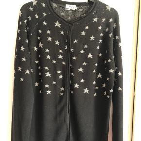Cardigan med masser stjerne fra VRS.