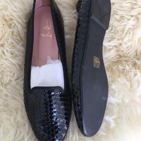 """Sælger min """"Pretty Loafers""""  Np: 599kr  Mp: 140kr   Sender via Dao 36kr"""