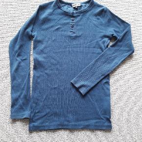Pompdelux trøje str 146/152 Brugt men pæn Fra røgfrit og dyrefrit hjem