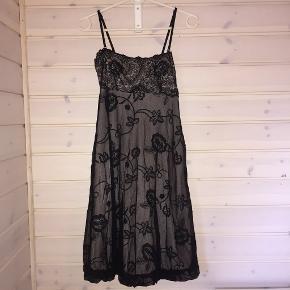 Super sød kjole str. s - Ingen tegn på slid.