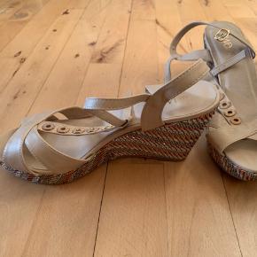 Wallis sandaler