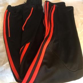 Adidas pants str. 164 cm, 14 år