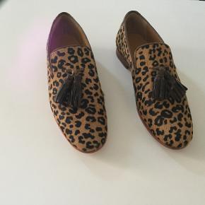 Fejlkøb. Model Scarlet 20 - loafers. Dyreprint.