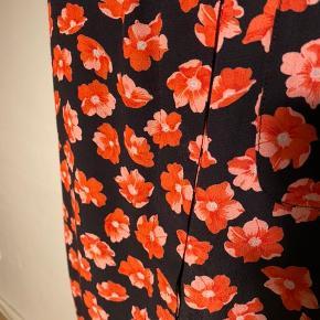 Smuk skjorte fra Ganni  Helt ny Størrelsessvarende