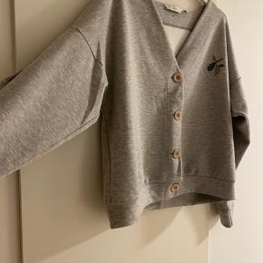 Helt ny sweater fra Nümph ☺️ Aldrig brugt! Specielt design.