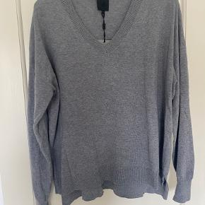 Black Swan sweater