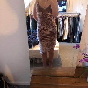 Atmosphere kjole