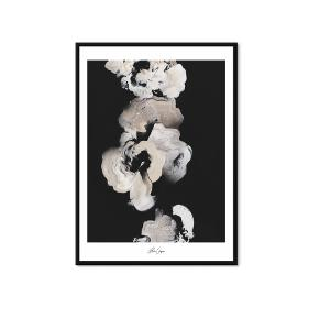 """Allowed To Grow Art Print - Edition 4 af Malene Georgsen. Flot moderne og minimalistisk nordisk kunst printet på luksus papir.  Kunstnerens egene ord om maleriet: """"Allowed to grow is a still growing collection. This series has a strong and powerful vibe. it is perfect if you are looking for a statement piece to add some contrast to your home.""""  Mål: 50 x 70 cm Stand: Ubrugt & fortsat i original emballage  Nypris: 595"""