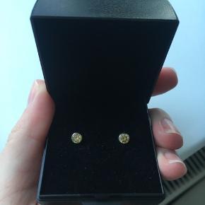 925 sølv øreringe med grøn sten