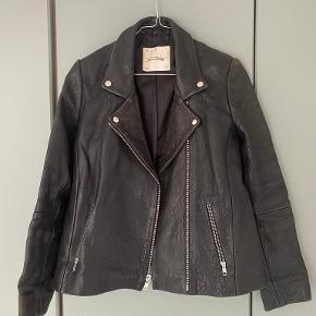 American Vintage pels- & skindjakke
