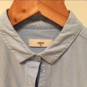 Envii skjorte str s, fejlkøb, lidt figur syet / bomuld  Armhule til armhule ca 2 x 50 cm
