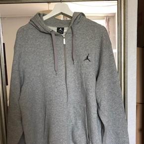 Jordan hoodie i large