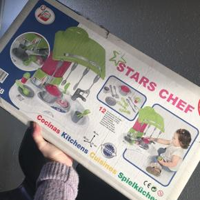 Mini køkken med tilbehør