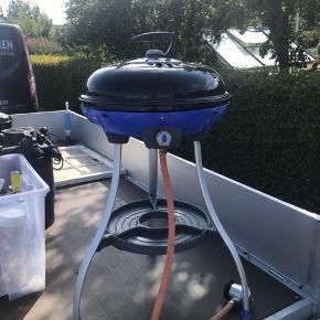 Cadac Carri chef - gas grill - i god stand. Multifunktion med mulighed for at lave pandekager og wok-mad. Ekstra brænder medfølger.