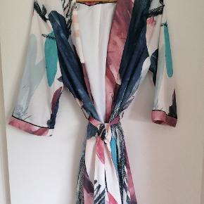Object kimono