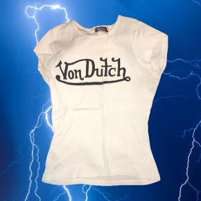 Von Dutch vintage tee 🐇 virkelig Y2k 00'er   ❌ læs min shop beskrivelse ❌