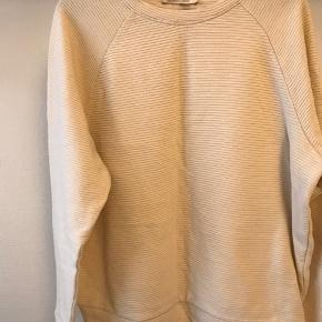 Fin sweater fra Pieces