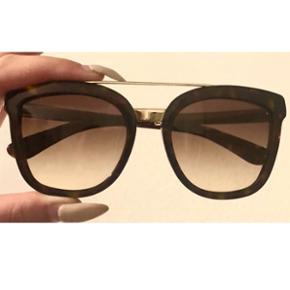 Marke : Dolce & GabbanaFarbe : Braun