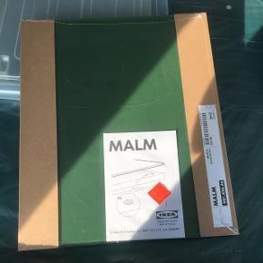 Ikea malm glasplade  Passer til MALM kommode 48x40 cm.  Helt nyt aldrig brugt  Den ene er i emballagen og den er pakket ud.  Ny pris 100kr pr stk.  Sælges samlet til 100kr