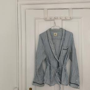 Silkeskjorte fra H&M studio str S
