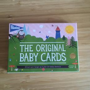 Milestone baby cards kort  -fast pris -køb 4 annoncer og den billigste er gratis - kan afhentes på Mimersgade 111 - sender gerne hvis du betaler Porto - mødes ikke - bytter ikke