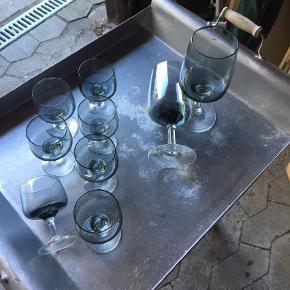 Varetype: Glas Størrelse: Se beskrivelse Farve: Grålig  Holmegaard Atlantic glas sælges samlet . Der er : 2 glas 16,5 cm og 7 på 9 cm  Ølglas og Hedvin . Samlet pris 150kr Afhentes i Roskilde
